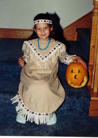Halloween Pocohontas